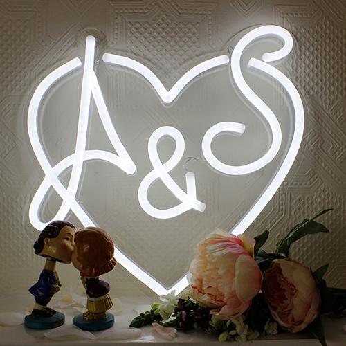 wedding-as-indoor-dark-500
