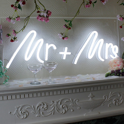wedding-indoor-mrmrs-500