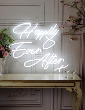 Happily Ever After LED neon light – Cool white