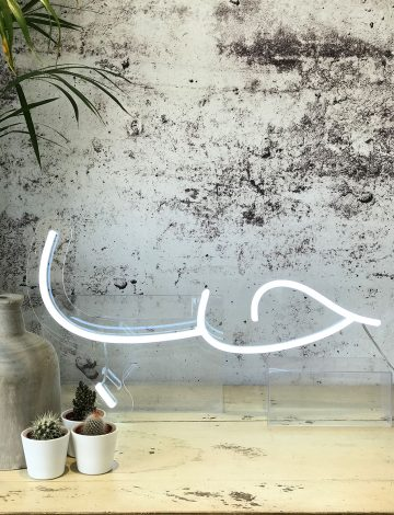 Love (hubb) Arabic LED Neon Light
