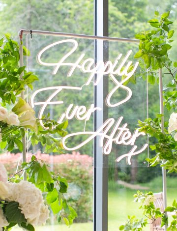 Happily Ever After LED neon light – Warm White