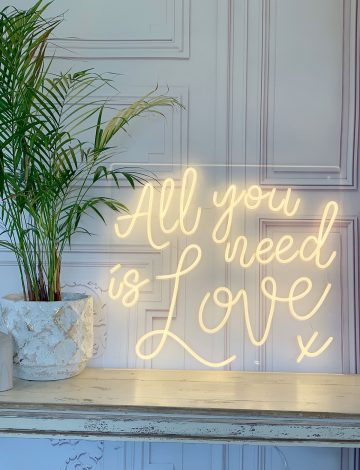 All you need is Love LED neon light – Warm White