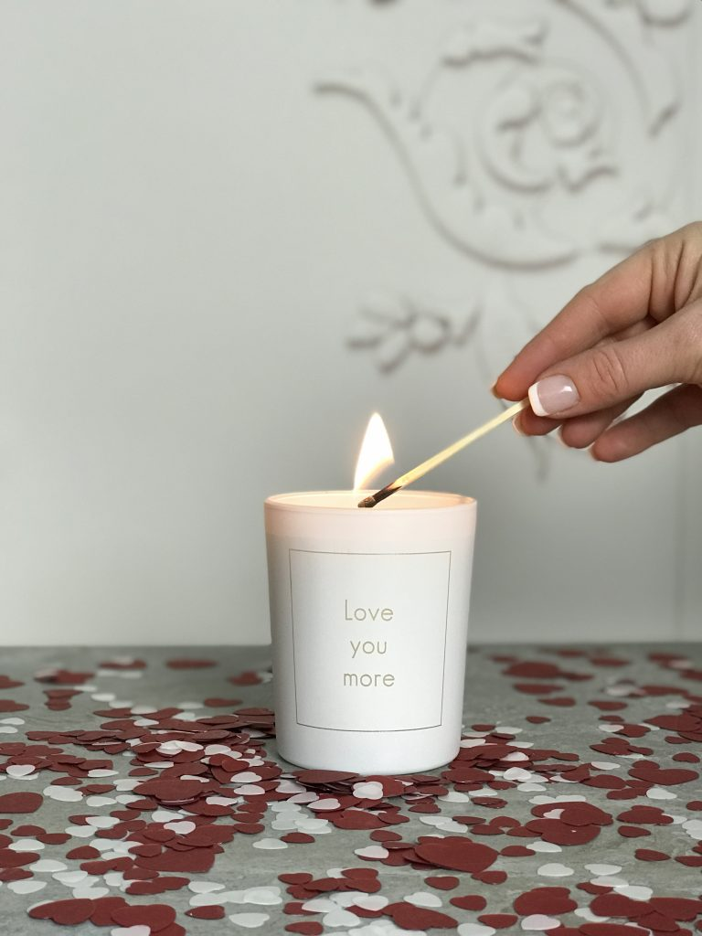 Love-you-more-scented-handpoured-valentines-candle